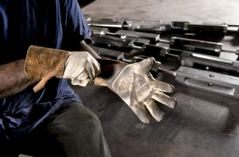 welders-pro-safety traiing-hands-FIRST PIC